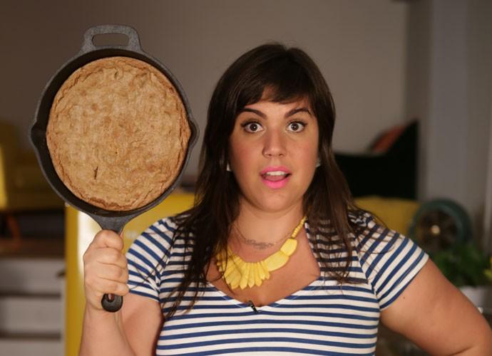 Experimente essa delícia! O cookie de frigideira é bem fácil de fazer!  (Foto: webséries/Gshow)