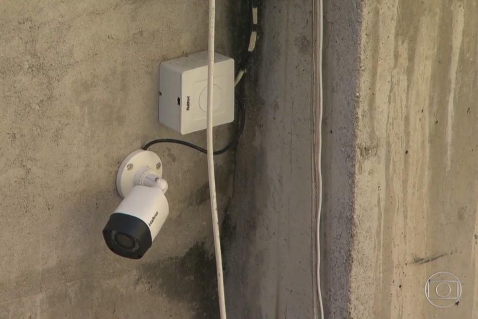 Câmera em presídio onde vai ficar Cabral (Foto: Reprodução/TV Globo)