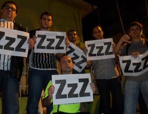 Democracia Alvinegra, torcedores do Figueirense pedem mais participação no clube (Foto: Renan Koerich/Globoesporte.com)