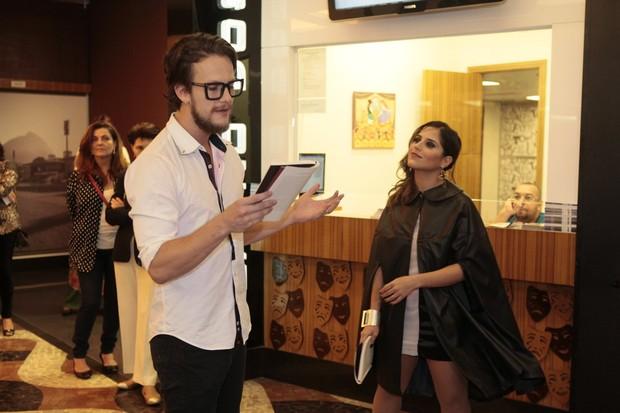 Camilla Camargo e Eduardo Pilizzari em estreia de teatro no Rio (Foto: Isac Luz/EGO)