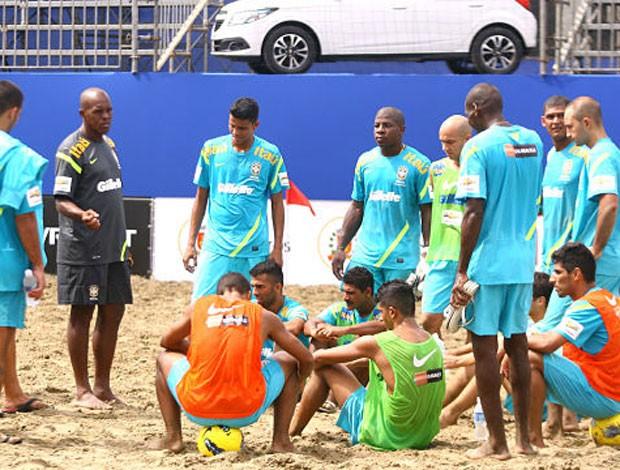 Futebol de Areia - treino da seleção brasileira na argentina (Foto: Divulgação/CBBS)