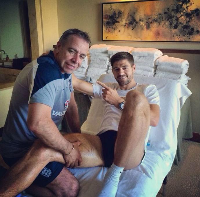 Steven Gerrard antes do treino (Foto: Reprodução Instagram)