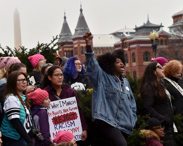 Mulheres protestam durante a Women's March, em janeiro (Foto: Getty Images)