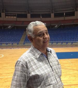 Fernando Larralde, supervisor, Uberlândia, NBB (Foto: Gullit Pacielle)