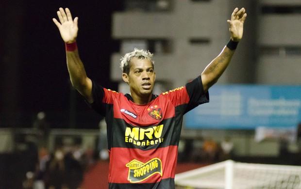 Marcelinho Paraíba, meio-campo do Sport (Foto: Wagner Damasio/Divulgação Sport)