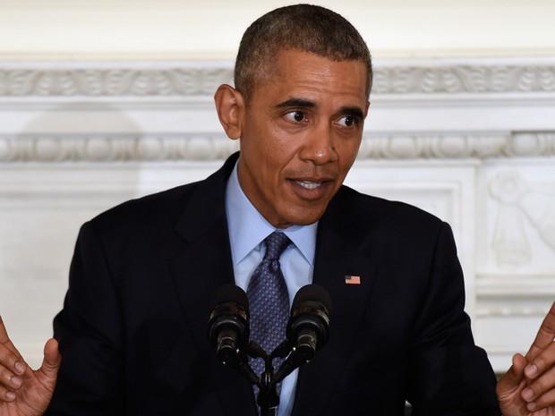 O presidente Barack Obama fala durante reunião com governadores na Casa Branca nesta segunda-feira (22)  (Foto: AP Photo/Susan Walsh)