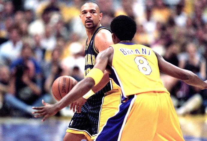 Kobe Bryant no jogo 6 da final de 2000 contra o Indiana Pacers (Foto: Getty Images)
