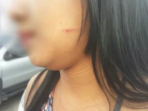 Vítima prestou queixa na manhã desta segunda (25) (Foto: Heliaga Gonçalves/TV Gazeta)
