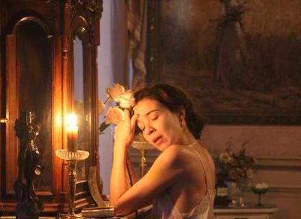 Personagem de Marjorie Estiano se sacrifica por amor