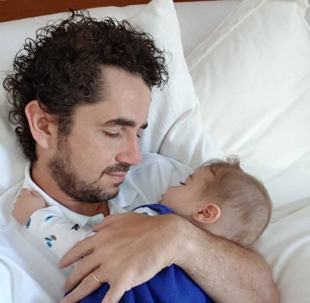 Felipe Andreoli posta foto com filho (Foto: Reprodução / Instagram)