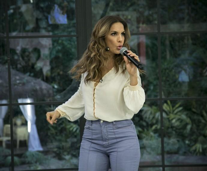 Ivete canta sucessos no 'Mais Você' (Foto: Raphael Dias/Gshow)