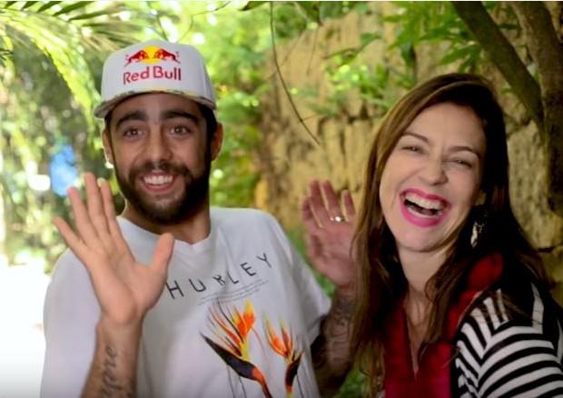 Luana Piovani e Pedro Scooby (Foto: reprodução/youtube)