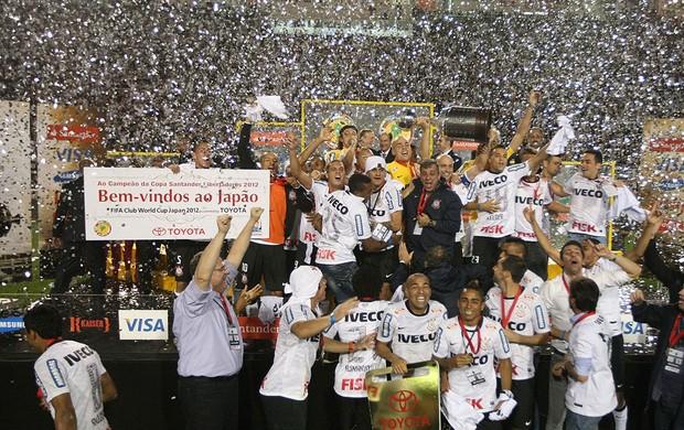 Corinthians comemorando, Libertadores Campeao (Foto: Alex Silva / Agência Estado)