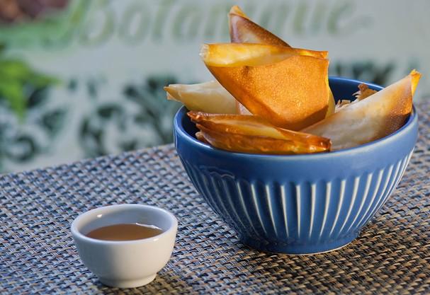 Pastilhas de queijo curado ao mel combinam com qualquer refeição do dia