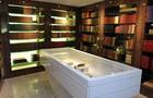 Biblioteca tem raridades da literatura (Ares Soares/Unifor)