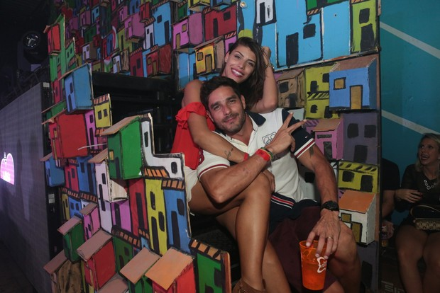 Diego Grossi e Franciele (Foto: Reginaldo Teixeira/Divulgação)
