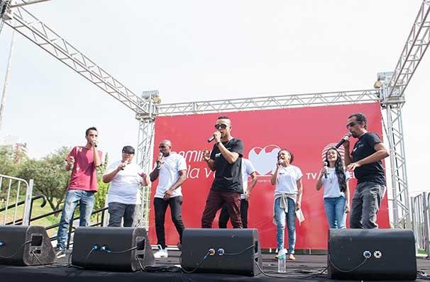 Banda Perseptom se apresenta na 1ª edição da Caminhada pela Vida (Foto: Rodrigo Oliveto)