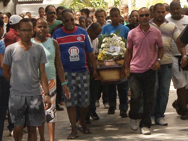 Estudante foi enterrado neste domingo (Foto: Imagem/TV Bahia)