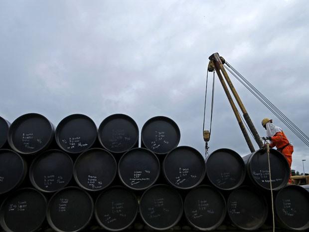 Média de preços do petróleo Brent, referência para o mercado global, está prevista em US$ 52,52 por barril este an (Foto: Reuters)
