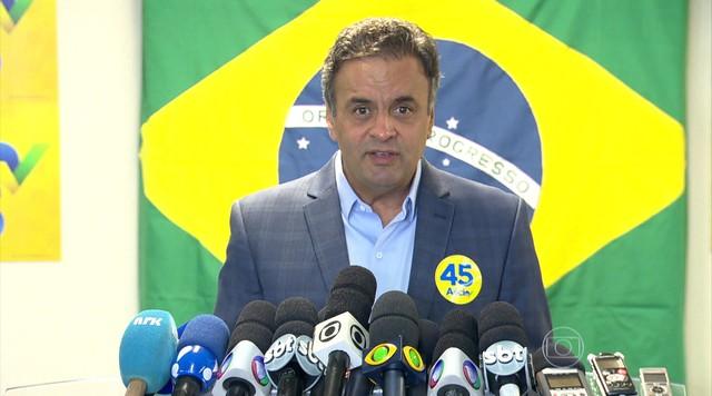 Aécio Neves recebe apoio do PSDC e de candidato do PMDB