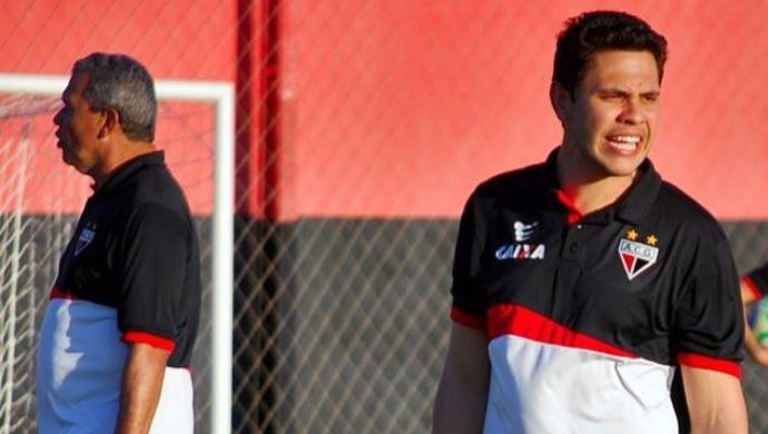Guilherme dos Anjos - auxiliar Atlético-GO (Foto: Guilherme Salgado / Site Oficial do Atlético-GO)