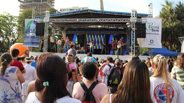 RPC TV na Praça atraiu bom público no domingo de sol maringaense (Foto: Divulgação/RPC TV)