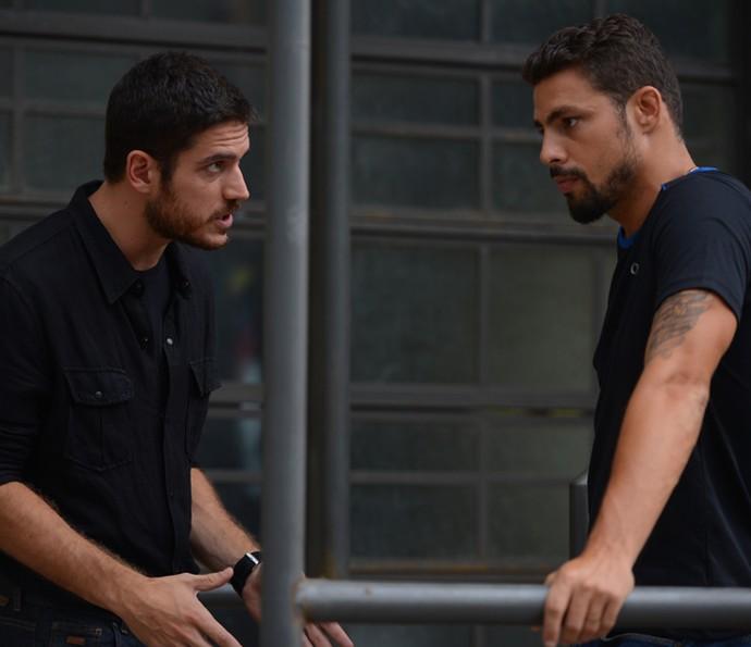 Juliano se oferece para ajudar nas investigações da polícia (Foto: Pedro Carrilho/ Gshow)