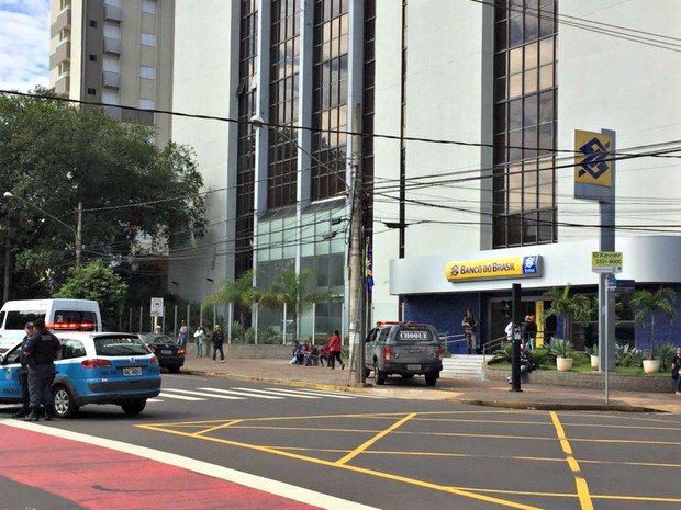 Roubo Banco do Brasil (Foto: Graziela Rezende/G1 MS)