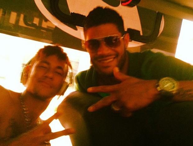neymar hulk seleçao brasileira (Foto: Reprodução)