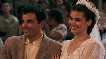 Mafalda desiste de se casar com Romeu e declara amor a Zé dos Porcos