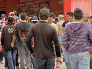 Frente fria deve permanecer até terça-feira em Cuiabá. (Foto: Reprodução/ TVCA)