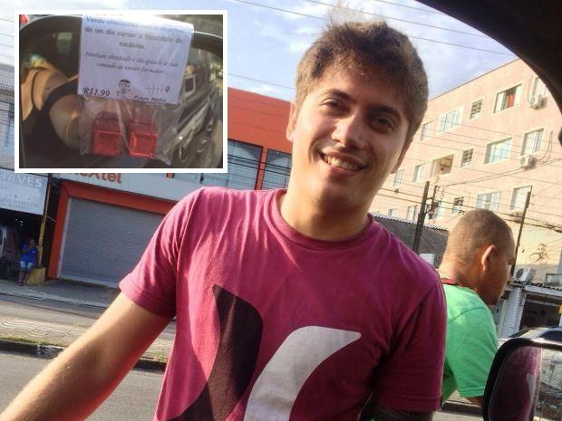Rapaz realiza vendas em semáforo de São Vicente, SP (Foto: Patrícia Morelli/Patrícia Morelli)