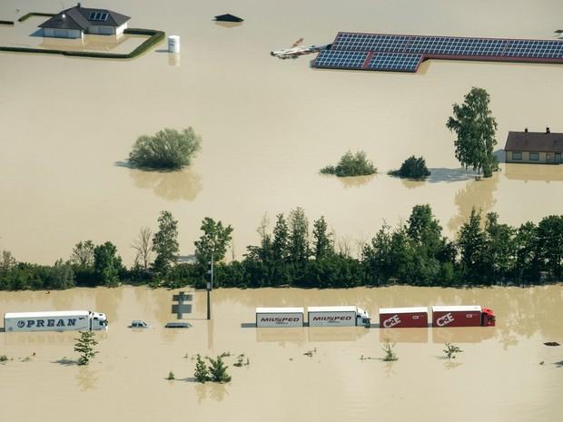 Mudança climática pode causar mais inundações na Europa (Foto: Armin Weigel/DPA/AFP)