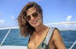 Isis Valverde posa em Bahamas, onde vai viver aventura: 'Friozinho na barriga'