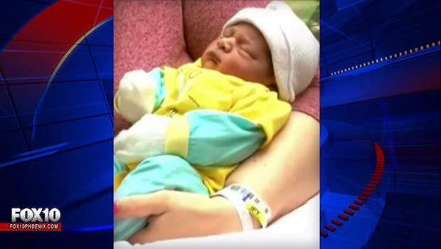 Bebê nascido durante voo da companhia aérea Spirited Airlines ganha passagem grátis para toda a vida (Foto: Reprodução/Fox News)