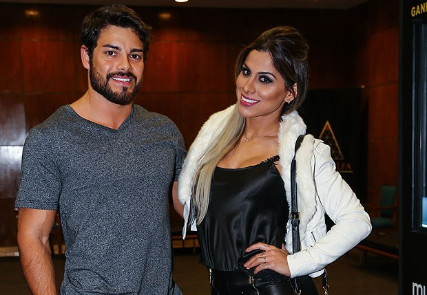 Vanessa Mesquita e o namorado, Pedro Andrade (Foto: Manuela Scarpa/Photo Rio News)