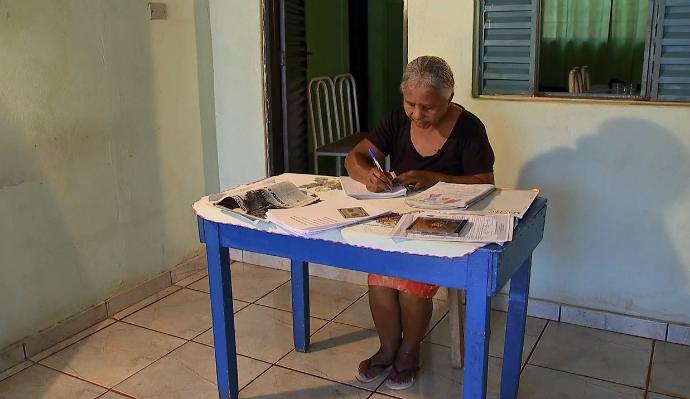 Dona Helena mostrou sua linda história de superação no Meu MS (Foto: TV Morena)