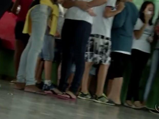 Estudantes fazem projeto para diminuir bullying em escolas (Foto: Reprodução / TV TEM)