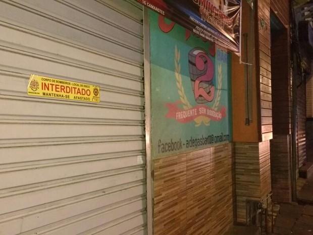 Casa noturna fechada pela falta de documentação (Foto: Paulo Ledur/RBS TV)