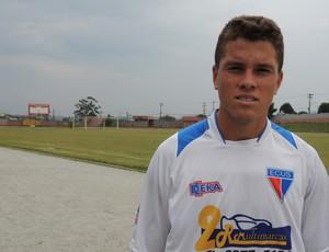 Rafael vive a expectativa de disputar a Copa São Paulo pelo Barueri (Foto: Vitor Geron / Globoesporte.com)