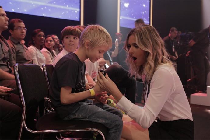Fernanda Lima em momento de descontração com o filho João (Foto: Gshow/Ellen Soares)