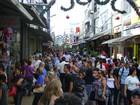 Comércio amplia horário para as vendas de Natal em S. José e Taubaté