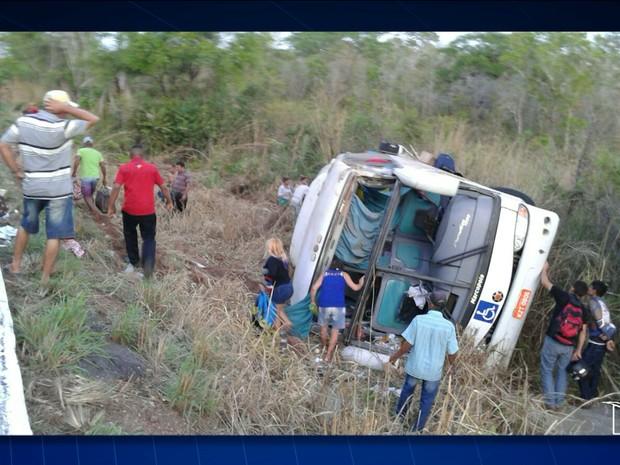 Acidente registrado em grajaú (MA) deixou duas pessoas mortas (Foto: Reprodução/TV Mirante)