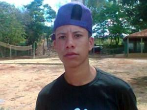 Jovem é baleado na cabeça por engano em Boa Esperança (Foto: Reprodução EPTV)