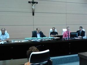 Comissão na Câmara de Guarujá apura mau uso de verbas (Foto: Rodrigo Nardelli / TV Tribuna)