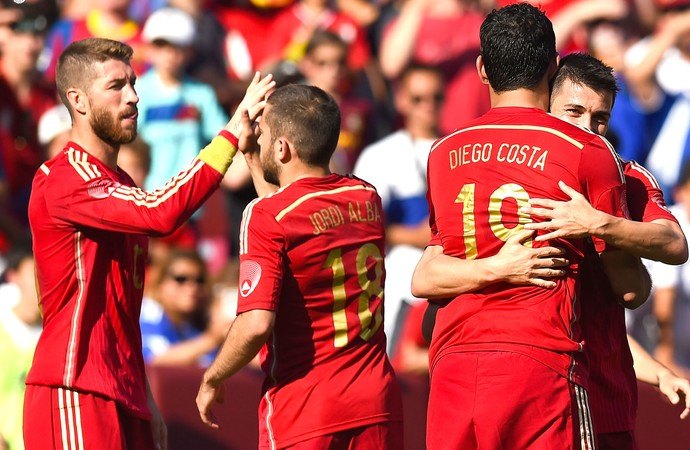 76a64050fd9ad Comemoração Da Espanha contra El Salvador (Foto  Getty Images)