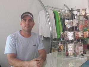 Empresário atua há 15 anos no mercado de vendas em Uberlândia (Foto: Fernanda Resende/G1)