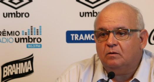 pé no freio (Eduardo Moura/GloboEsporte.com)