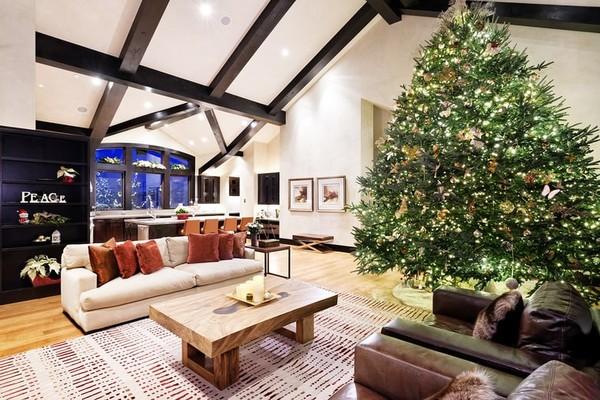 A mansão alugada por Mariah Carey para o Natal (Foto: Divulgação)