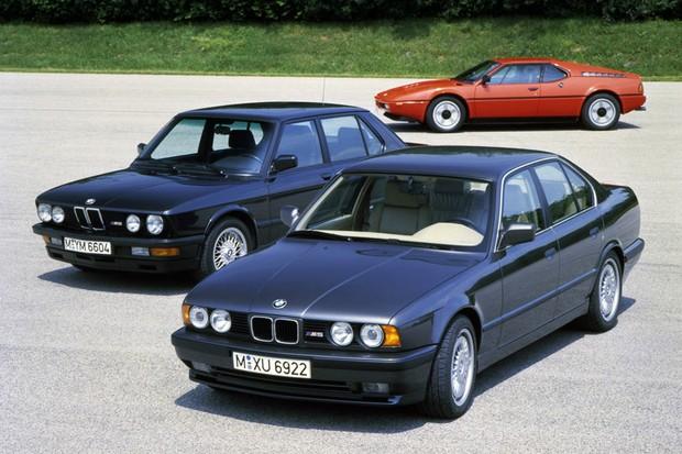Segunda geração aparece na foto junto com o primeiro M5 e o M1 (Foto: Divulgação)